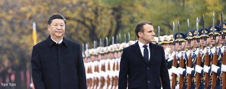 Echanges entre les présidents français et chinois